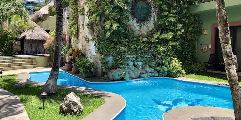 Bric-Real-Estate-Aventura-Mexicana